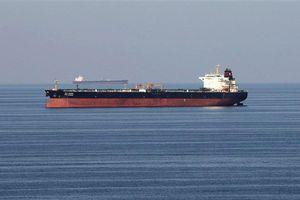 Anh khuyến cáo các tàu hàng tạm tránh eo biển Hormuz