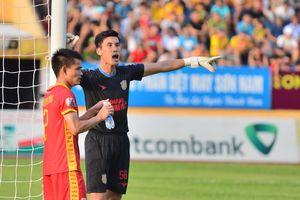 Đinh Xuân Việt - 'người nhện' của Nam Định ở V-League 2019