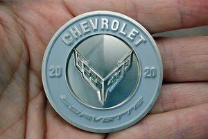 1.500 USD cho 3 đồng xu kỷ niệm ngày Chevrolet Corvette C8 ra mắt