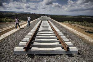 Trung Quốc xây đường sắt 'đi đến mông lung' ở Kenya