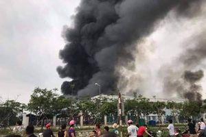'Bà hỏa' ghé thăm, Công ty TNHH May Makalot Hải Dương cháy lớn