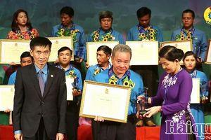 Chủ tịch công đoàn cơ sở Cục Hải quan Lạng Sơn được vinh danh toàn quốc