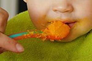 Cảnh báo tình trạng lạm dụng đường trong thức ăn trẻ em
