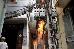 Cảnh báo cháy do chập điện