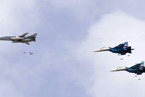 Đòn choáng váng: Không quân Nga hủy diệt đoàn xe khủng bố ở Idlib