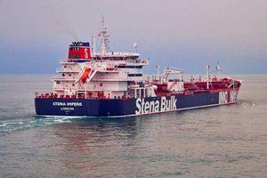Iran tung video bắt tàu chở dầu, Anh phản ứng