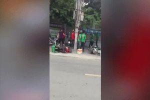 Nhóm tài xế Grab và Go-Viet hỗn chiến trên đường phố Sài Gòn gây xôn xao