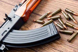 Còn 24 viên đạn trong khẩu AK của gã bắn người tình