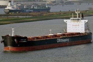 Hải tặc cướp tàu Hàn Quốc gần Singapore, lột cả giày thủy thủ