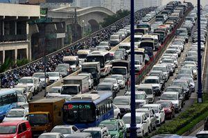 Thủ tướng yêu cầu TP.HCM xem lại đề xuất thu phí ôtô vào trung tâm