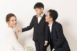 Cường Đô La và Đàm Thu Trang công bố ảnh cưới trước hôn lễ