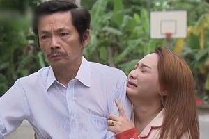 Khán giả rơi nước mắt cùng cảnh phim 'Về nhà đi con'