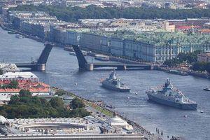 Chiến hạm Trung Quốc và Ấn Độ sẽ tham gia diễu hành Ngày Hải quân Nga