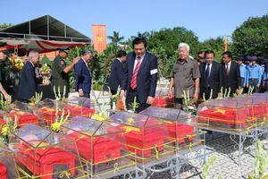 Truy điệu, an táng 141 hài cốt liệt sĩ, quân tình nguyện Việt Nam hy sinh tại Campuchia