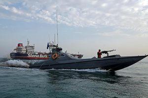 Lộ bằng chứng khu trục hạm Anh can thiệp vụ Iran bắt giữ tàu dầu