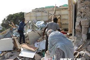 Ít nhất 25 người thương vong trong vụ nổ bom xe tại Somalia