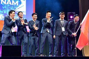 Đoàn học sinh Việt Nam dự kỳ thi Olympic Toán quốc tế 2019 đứng thứ 7/110 quốc gia