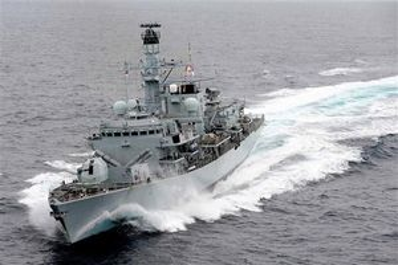 Bất ngờ thông điệp chiến hạm Anh gửi quân đội Iran trước khi tàu chở dầu bị bắt