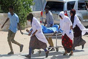 Phần tử khủng bố gây nổ bom kinh hoàng cạnh sân bay: 45 người thương vong