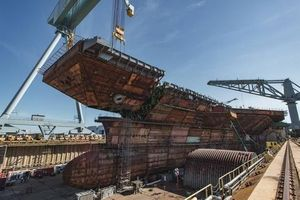 Mỹ sắp hoàn thành siêu tàu sân bay Ford thứ hai, Nga thì sao?