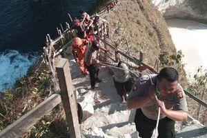 Du khách Việt thiệt mạng do bị sóng cao 6 m cuốn trôi khi du lịch Bali