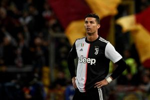 Cristiano Ronaldo tạm thoát với cáo buộc cưỡng hiếp người mẫu