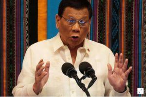 Tổng thống Duterte bảo vệ chính sách Biển Đông