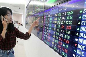 Chứng khoán 23/7: Canh chốt lời nếu thị trường tiến đến 990-1.000 điểm