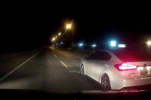 Những tình huống lái xe không nên cố vượt