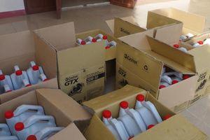 Đà Nẵng triệt phá đường dây thu giữ gần 2.000 lít dầu nhớt giả