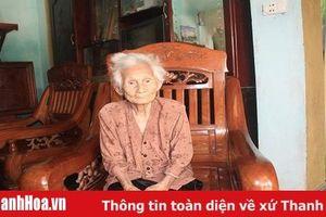 Gặp mẹ Việt Nam Anh hùng Phạm Thị Tiểng