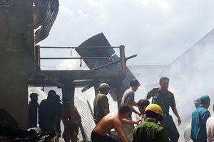 Hỏa hoạn thiêu rụi 5 căn nhà tại An Giang