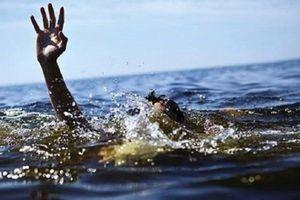 Chở nhau đi chơi, hai chị em họ chết đuối thương tâm dưới cầu ở Hải Dương