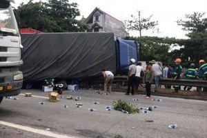 Hải Dương: Xe tải lật đè hàng chục người thương vong