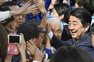 'Cuộc đua' của ông Shinzo Abe
