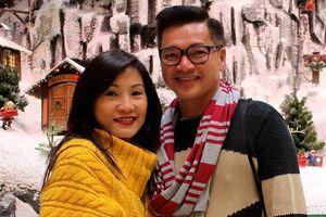 Quang Minh vẫn giữ hình ảnh chụp cùng Hồng Đào sau ly hôn