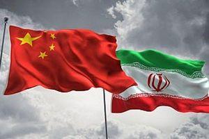 Hàng triệu thùng dầu Iran đang được chất đống tại các cảng Trung Quốc, bất chấp lệnh trừng phạt của Mỹ
