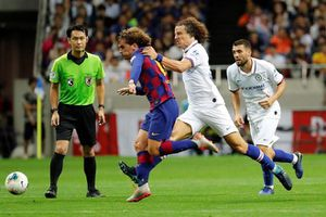 Antoine Griezmann ra mắt nhạt nhòa trong trận Barcelona để thua 1-2 Chelsea