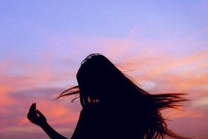 Người khó quên nhất trong đời, không phải người yêu, cũng chẳng phải mối tình đầu…