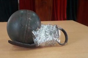 Khống chế 2 tên tội phạm ma túy cố tình tháo chốt lựu đạn chống trả