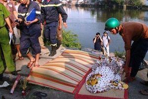Hai chị em họ chết đuối thương tâm dưới gầm cầu