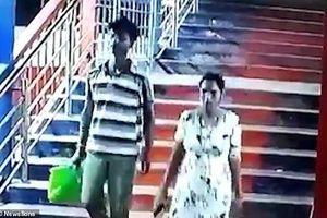 Cặp vợ chồng hiếm muộn ngang nhiên bắt cóc con người khác giữa ban ngày