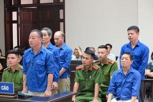 Cưỡng đoạt tài sản tiểu thương, Hưng 'kính' bị đề nghị gần 5 năm tù