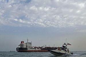 Iran 'gạ' Anh đổi tàu dầu bị bắt để hạ nhiệt căng thẳng