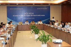 Phát huy vai trò của người Việt Nam ở nước ngoài