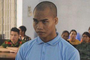 Sát hại mẹ bị tâm thần vì làm ồn không ngủ được, con trai lãnh 20 năm tù