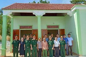 Học viện Quân y bàn giao Nhà tình nghĩa, Nhà đại đoàn kết tặng gia đình chính sách