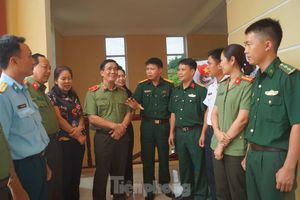 T.Ư Đoàn tặng Bằng khen thanh niên Quân đội và Công an tiêu biểu