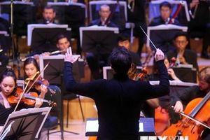 Trình diễn các tác phẩm nổi tiếng của âm nhạc Nga tại Việt Nam