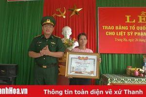 Trao Bằng Tổ quốc ghi công cho Liệt sỹ Phạm Văn Tỏa